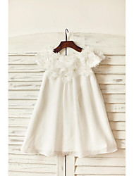 cheap -Sheath / Column Knee Length Flower Girl Dress - Chiffon Short Sleeves Scoop Neck with Flower(s) by LAN TING BRIDE®