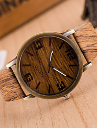 cheap -Men's Quartz Wrist Watch Casual Watch PU Band Charm / Wood Grey / Khaki