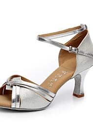 preiswerte -Damen Schuhe für den lateinamerikanischen Tanz Kunstleder Absätze Schnalle Kubanischer Absatz Maßfertigung Tanzschuhe Silber / Gold