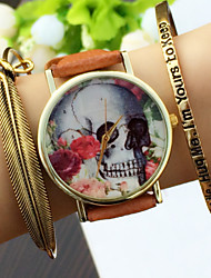 baratos -Mulheres Bracele Relógio Cronógrafo PU Banda Amuleto / Fashion Preta / Branco / Marrom
