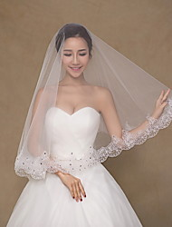 cheap -One-tier Lace Applique Edge Wedding Veil Elbow Veils Fingertip Veils 53 Rhinestone Embroidery Lace Tulle