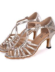 "preiswerte -Damen Latin Glitzer Sandalen Absätze Sneaker Aufführung Verschlussschnalle Glitter Ausgehöhlt Keilabsatz Rot Silber Blau Gold 2 ""- 2 3/4"""