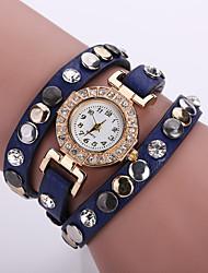 baratos -Mulheres Bracele Relógio Venda imperdível Couro Banda Flor / Boêmio / Fashion Preta / Branco / Azul