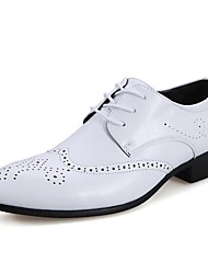 cheap -Men's Shoes Wedding / Outdoor / Office & Career / Party & Evening / Dress / Casual Synthetic Oxfords Black / White