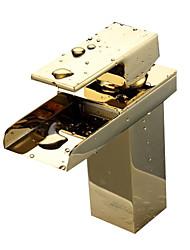 economico -Tradizionale Installazione centrale Cascata Valvola in ceramica Uno Una manopola Un foro Ti-PVD , Lavandino rubinetto del bagno