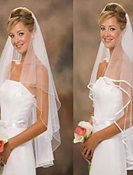 abordables -Deux couches Classique & Intemporel Mariage Voiles de Mariée Voiles bout du doigt Accessoires de Mariage Avec Tulle A-ligne