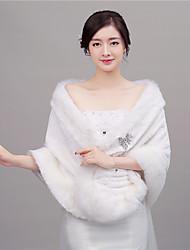 Women's Wrap Shawls Faux Fur Wedding / Party/Evening Shawl Collar Rhinestone Hidden Clasp