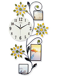 cheap -Modern/Contemporary Polyresin Glass Metal Others Indoor,AA Wall Clock