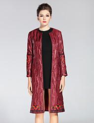 Dámské Výšivka Běžné/Denní / Velké velikosti Sofistikované Kabát-Polyester Podzim / Zima Kulatý Dlouhý rukáv Červená / Černá / Zelená
