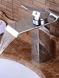 Недорогие -Смеситель для раковины в ванной комнате - предварительное ополаскивание / водопад / хромированная центральная часть с одной ручкой и двумя отверстиями для ванны