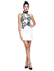 preiswerte -Eng anliegend Stehkragen Kurz / Mini Mikado Cocktailparty / Abiball Kleid mit Stickerei durch TS Couture®