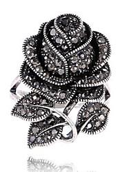 preiswerte -Damen Statementringe Ring Personalisiert Blumig Blumen Stil Retro Blumen Blütenblätter Modisch Euramerican Strass Zinklegierung Blume