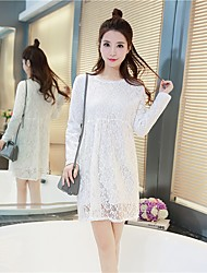 Sign fall and winter clothes Korean version of the fat mm plus thick velvet long section of hollow lace long-sleeved dress