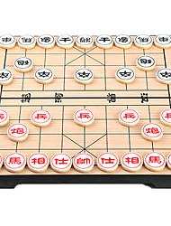 Недорогие -Настольные игры Шахматы Игрушки Магнитный Круглый Дерево В китайском стиле Куски Универсальные Подарок