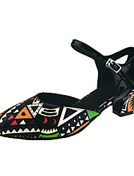 Для женщин Современный Дерматин Сандалии На каблуках Концертная обувь С пряжкой Планка Каблуки на заказ Черно-белый Каблуки на заказ