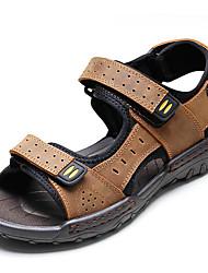 abordables -Homme Chaussures Cuir Printemps / Eté Confort Sandales Chaussures d'Eau Noir / Brun claire