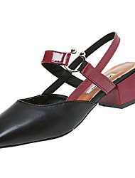 Feminino Sandálias Conforto Couro Ecológico Verão Casual Caminhada Conforto Combinação Salto Baixo Preto Bege 5 a 7 cm