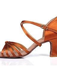 baratos -Mulheres Sapatos de Dança Latina Cetim Sandália / Salto Presilha / Vime Salto Cubano Personalizável Sapatos de Dança Castanho Escuro