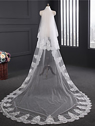 Elegant Fashion 3.9 Meters Long Wedding Veil Two-tier Chapel Veils Lace Applique Edge Tulle
