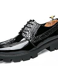 baratos -Homens sapatos Couro Envernizado Primavera Outono Sapatos formais Oxfords para Casual Escritório e Carreira Festas & Noite Preto