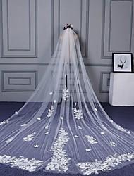 Uma Camada Corte da borda Borda com aplicação de Renda Véus de Noiva Véu Catedral Com Apliques Estilo Floral Disperso Renda Organza Tule