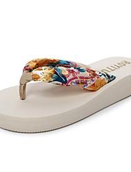 Damen Slippers & Flip-Flops Komfort Leuchtende Sohlen Hausschuhe & Flip-Flops Sommer EVA Normal Kleid Keilabsatz Schwarz Beige Kaffee 2,5