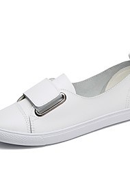 cheap -Women's Shoes Cowhide Spring / Summer / Fall Comfort Loafers & Slip-Ons Walking Shoes Flat Heel Round Toe Split Joint White / Black