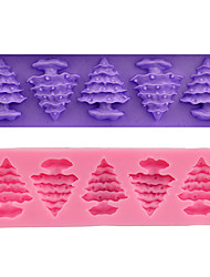 2 Pieces Cake Molds Christmas Cooking Utensils Bread Chocolate Cake Silica Gel Baking Tool DIY Christmas High Quality Christmas Tree Color Random