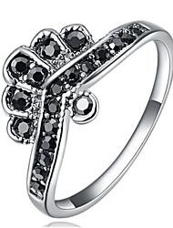 Dámské Široké prsteny Křišťál Přizpůsobeno Luxus Klasické Základní Sexy láska Módní Cute Style Elegantní Křišťál Slitina Šperky Vánoce