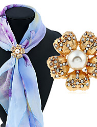 Women's Brooches Rhinestone Fashion Classic Imitation Pearl Alloy Jewelry Jewelry For Daily Casual