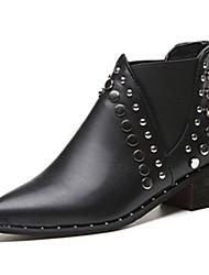Недорогие -Для женщин Обувь Наппа Leather Весна Осень Армейские ботинки Ботинки На низком каблуке Заостренный носок Стразы Назначение Черный