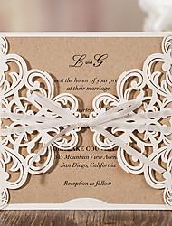 Недорогие -Открытка-карман Свадебные приглашения 20 - Пригласительные билеты Классический Тиснённая бумага