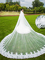 cheap -Two-tier Wedding Veil Chapel Veils Cathedral Veils With Applique Scattered Bead Floral Motif Style Lace Tulle