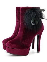preiswerte -Damen Schuhe Kunstleder Winter Herbst Komfort Neuheit Pumps Stiefel Stöckelabsatz Feder für Hochzeit Party & Festivität Schwarz Rot