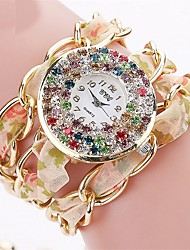 economico -Per donna Orologio alla moda Creativo unico orologio Simulato Triangolo Orologio Cinese Quarzo Cronografo PU Banda Brillanti Casual