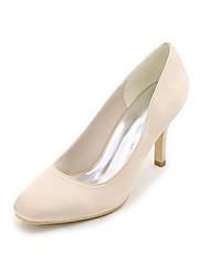 preiswerte -Damen Schuhe Seide Frühling Sommer Pumps Hochzeit Schuhe Niedriger Heel Peep Toe Schnalle für Hochzeit Party & Festivität Weiß Beige
