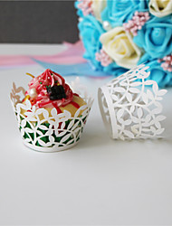 cheap -50pcs/lot Lace Paper Wrap Cupcake Wrappers Baking Cup Little Vine Lace Laser Wedding Favors Kids Birthday Party Decoration