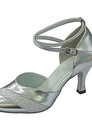 Недорогие -Жен. Обувь для латины Лак / Дерматин Сандалии / На каблуках Планка Каблуки на заказ Персонализируемая Танцевальная обувь Серебряный