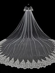 abordables -1 capa Estilo moderno Flor Accesorios Con aplicación de encaje De Gran Tamaño Nupcial Princesa Europeo De Encaje Boda Velos de Boda Corto
