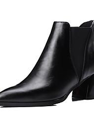 Недорогие -Жен. Обувь Дерматин Зима Модная обувь Ботинки На толстом каблуке Заостренный носок Ботинки Черный / Серый / Красный
