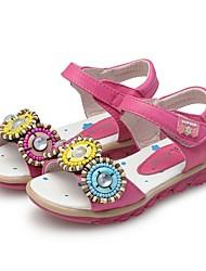 baratos -Para Meninas Sapatos Courino Verão Conforto / Primeiros Passos Sandálias Botão / Velcro para Pêssego