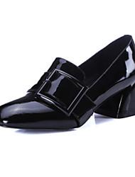 Feminino Sapatos Pele Real Primavera Outono Conforto Saltos Salto Baixo Ponta quadrada para Casual Preto Vinho