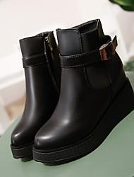 Недорогие -Жен. Обувь Дерматин Зима Флисовая подкладка Ботинки Микропоры Открытый мыс Ботинки Пряжки для Черный