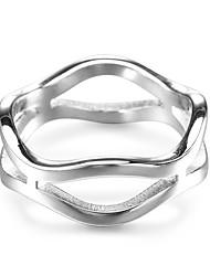 Недорогие -Муж. Жен. Классические кольца Простой Cool Нержавеющая сталь Геометрической формы Волны Бижутерия Для вечеринок Маскарад