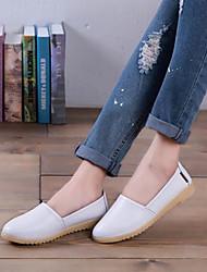preiswerte -Damen Schuhe PU Frühling Herbst Komfort Flache Schuhe Flacher Absatz Geschlossene Spitze für Draussen Weiß Schwarz Orange Gelb Blau