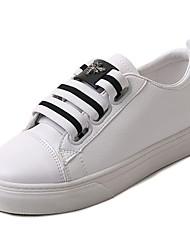 preiswerte -Damen Schuhe PU Frühling Herbst Komfort Flache Schuhe Flacher Absatz für Draussen Weiß Schwarz