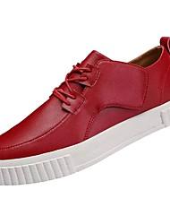 baratos -Homens sapatos Couro Ecológico Primavera / Outono Conforto Tênis Branco / Preto / Vermelho