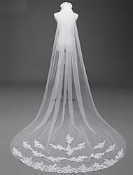 abordables -Une couche Points Polka Voiles de Mariée Voiles cathédrale Avec Appliques Style cristal dispersé Dentelle Dentelle Tulle