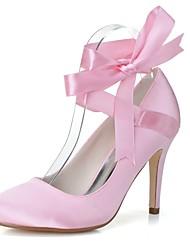 preiswerte -Damen Schuhe Satin Frühling Sommer Pumps Hochzeit Schuhe Stöckelabsatz Runde Zehe Band-Bindung für Hochzeit Party & Festivität Weiß Rosa