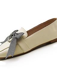 Недорогие -Жен. Обувь Полиуретан Весна Удобная обувь Мокасины и Свитер На плоской подошве Квадратный носок Бант Черный / Миндальный
